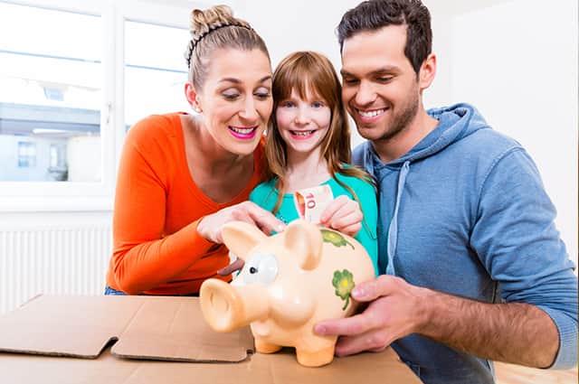 Rodičovský prídavok 100 eur pre prváka na nákup školských pomôcok