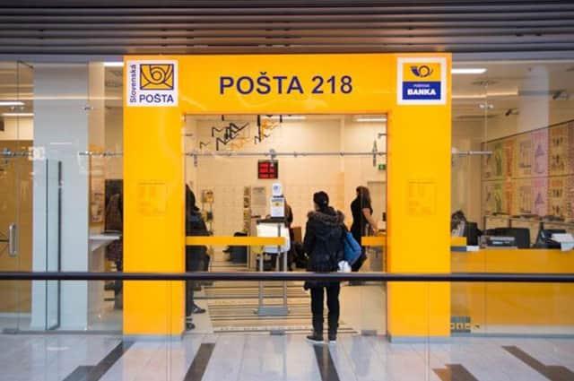 Na Pošte už dnes zaplatíte aj kartou.